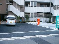 マンションの駐車場と外構工事