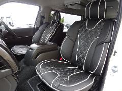 フロント用200系ハイエース IFUU高級欧州車デザイン3D成形バケットシートカバー ブラック×ホワイト