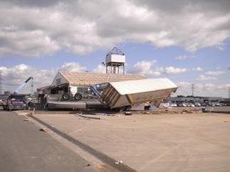 東日本大震災救済ボランティア03
