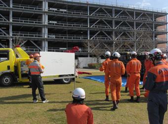 消防隊員特別訓練の指導01