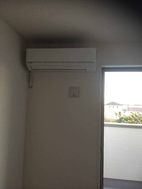 新築エアコン取り付け3