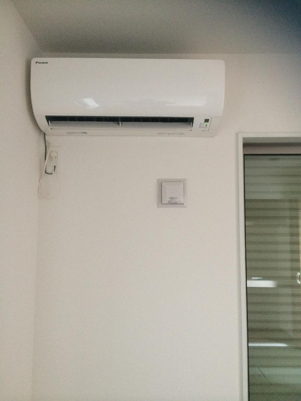 新築エアコン取り付け