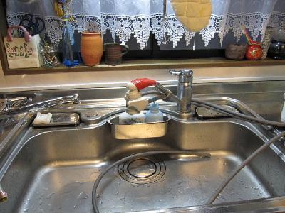 通常蛇口と浄水器が一緒の状態