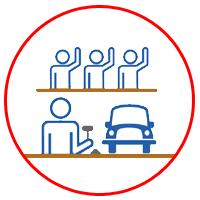 4.車が決まれば、お店でリアルタイムにオークションに参加して、実際に見ながら入札を開始します。