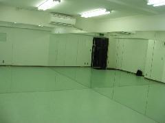 池袋 ダンス スタジオ 鏡 リノリウム