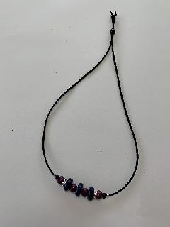 ウッドビーズ小のネックレス(紺×紫)