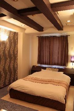 コンテンポラリー デザイン 302室