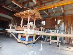 NO 618  ケヤキ材   屋台の木彫り