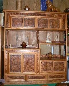 NO 56  日本産肥松  金襴杢     手に入りにくい品物です 今までに見た事のないような最高の飾り棚です。