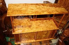 NO 37     屋久杉・飾り棚 虎瘤 数千年も過ぎた木にしかできないキラキラ木目で素晴らしい商品です。 (飾り物別)