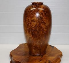 NO 89  屋久杉 壺  自然入りの 楽しい, 綺麗な品です。屋久杉独特のキラキラがあります。                      直径14cm×高さ30cm(台別)