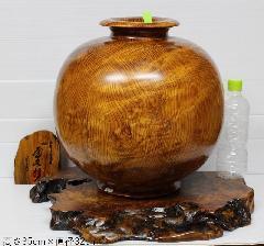 NO 690  屋久杉 壷 光明杢(キラキラ)  (台別)