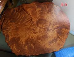 NO 695  屋久杉 テーブル虎杢 (瘤木)長さ100�p×横幅115cm×天板の厚さ7cm( 脚付き )