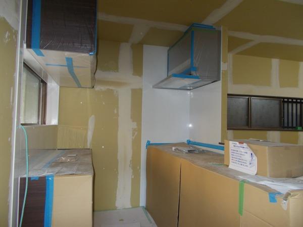 キッチン 食器棚 キッチンパネル工事