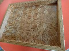木タイルのお盆