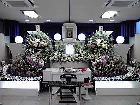 小さな式場で豪華なお葬式(実例)