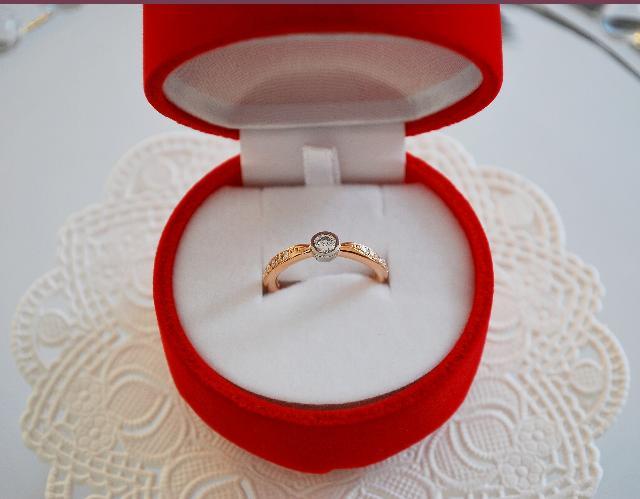 W様 Pt900/K18PGダイヤモンド婚約指輪(エンゲージリング)