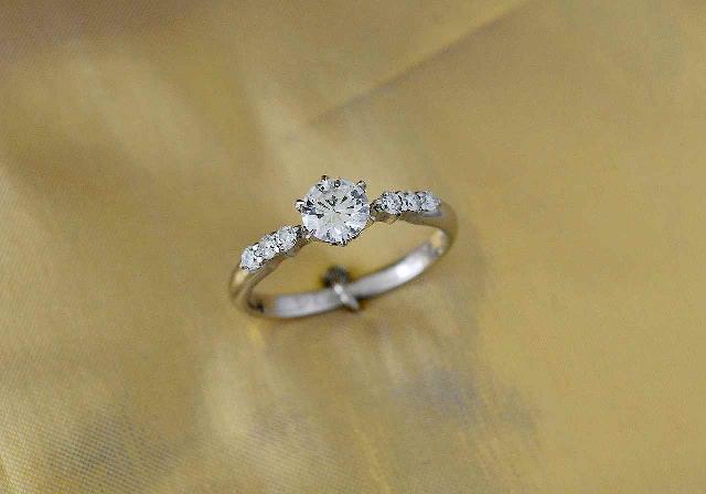 K様御婚指輪の立爪リング(リフォーム前)