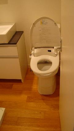 3点ユニットバスのトイレ分離工事