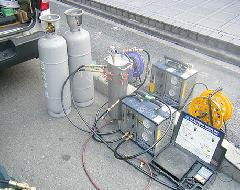 冷媒ガス回収作業