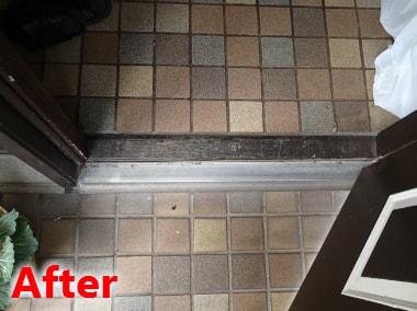 玄関下枠修理
