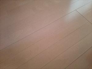 床のきしみ解消