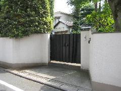 一戸建の門扉の交換