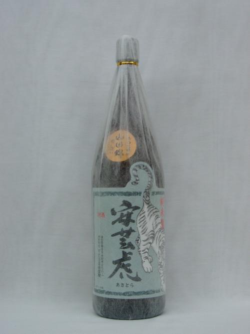 【日本酒】安芸虎 純米酒 精米60% 1.8L