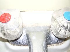 混合水栓水垢落とし