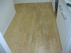 床のワックス剥離