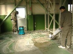倉庫 床 洗浄