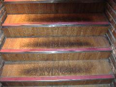 居酒屋 階段洗浄