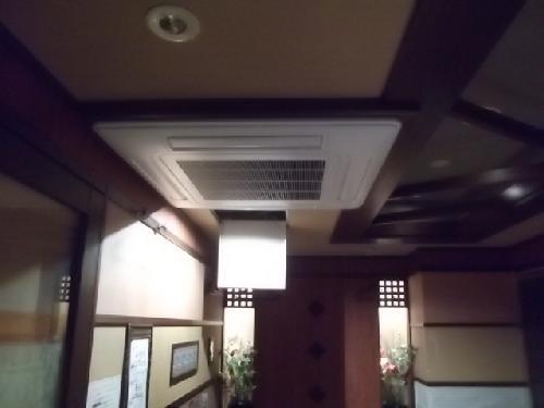飲食店業務用エアコン入れ替え工事