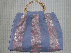 水色と桜柄の縦縞ツートンカラー
