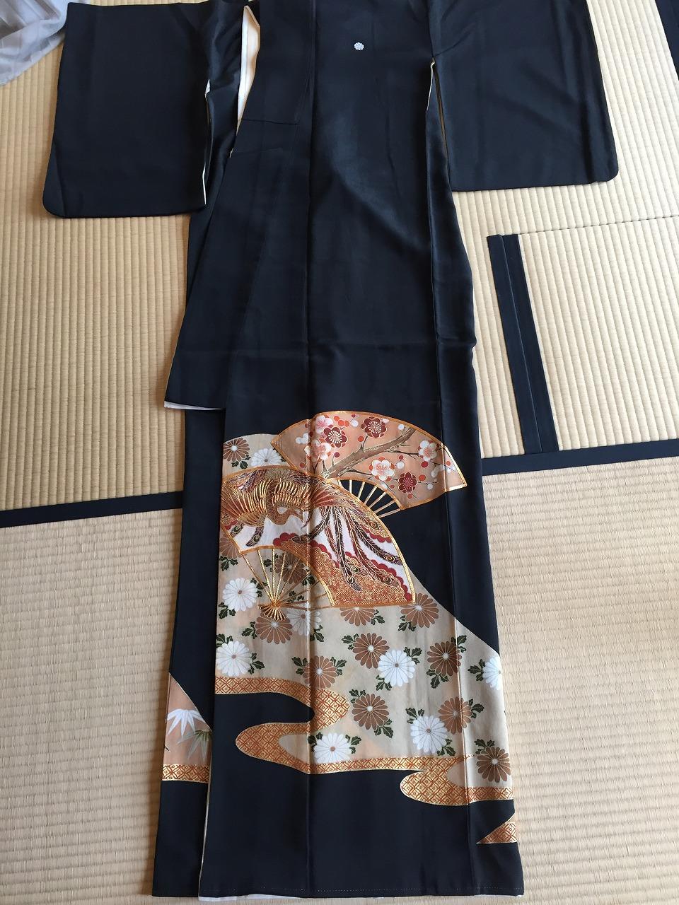 黒留袖からワンピースドレに(肩掛け付き) チェンジ!