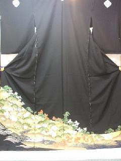 黒留袖取方庭園文様