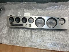 ケンメリGT-R(KPGC110)純正アルミメーターパネル美品