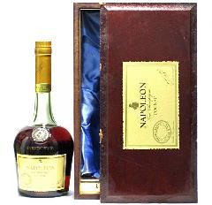 [古酒] クルボアジェ ナポレオン 特級表示 正規品 木箱付き 40度 700ml