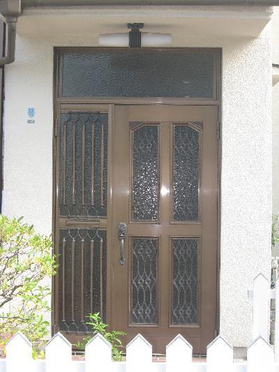 昔風の玄関が