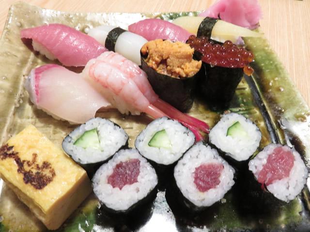 特上寿司(9貫1本)・・・2,200円