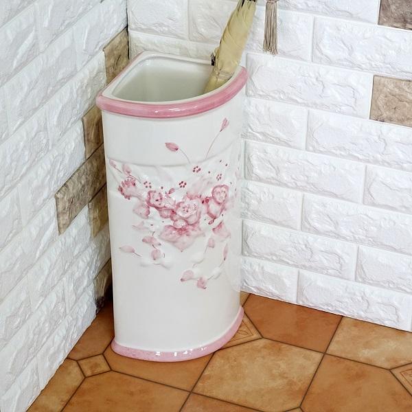 ポルトガル製、陶器の傘立て コーナー傘立て7009A-P