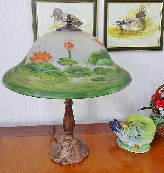 ランプ LED対応 アンティークランプ テーブルランプ 卓上ランプ ガラスシェード トールペイント ハンドペイント 蓮 020B