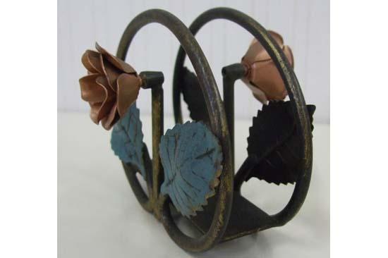 ペーパーホルダー ドイツ製 アイアン 輸入雑貨 インテリア 雑貨 小物 アンティーク クラシック 置物 オブジェ ヨーロピアン 391