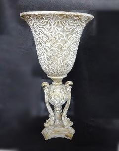 アンティーク風花器 花瓶 陶器 フラワーベース 白 おしゃれ。 生花や造花と合わせて、アンティーク調の可愛い陶器のフラワーベース 314