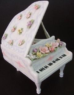 オルゴール 陶器 リアドロ風 ピアノ エリーゼのために 贈り物 プレゼント 81809