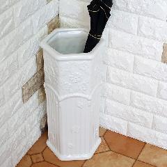 ポルトガル製、陶器の傘立 白 ホワイト 花200W