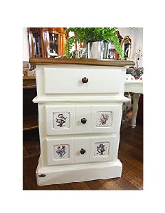 ホワイト家具 ナイトテーブル 3段チェスト