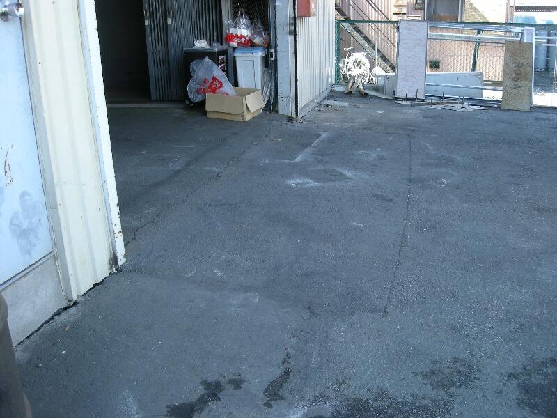 横浜市港北区倉庫出入り口アスファルト舗装