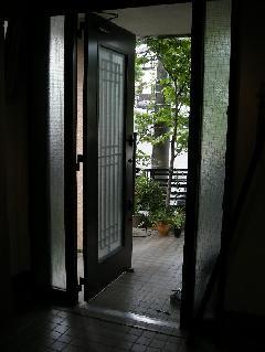 神奈川県横浜市 玄関網戸 取り付け
