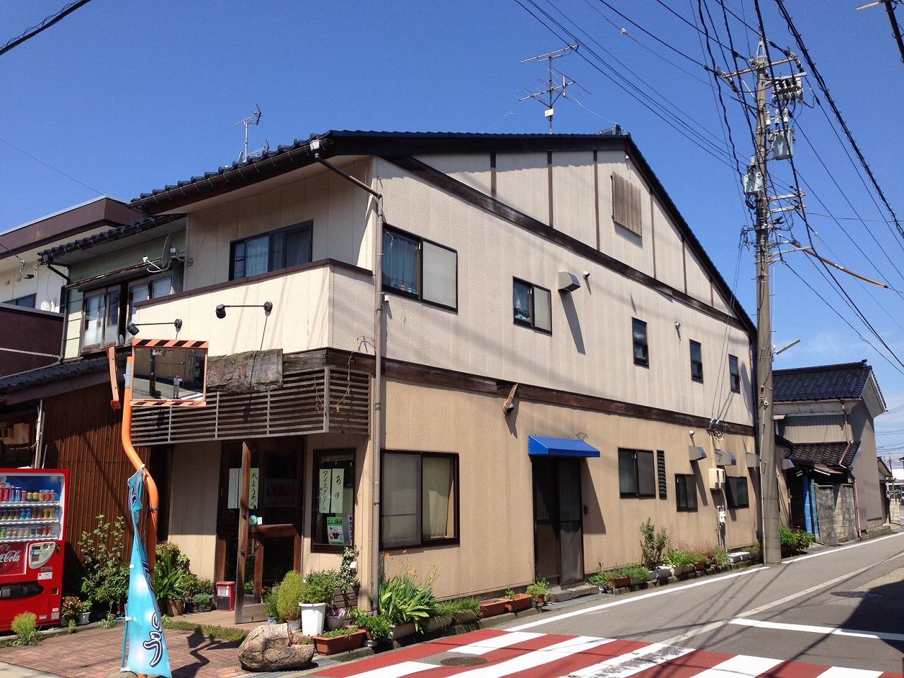 富山市 店舗外壁リフォームbefore